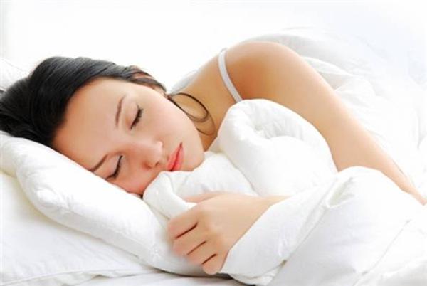 Длительность сна снижает восприимчивость к боли наравне с таблетками