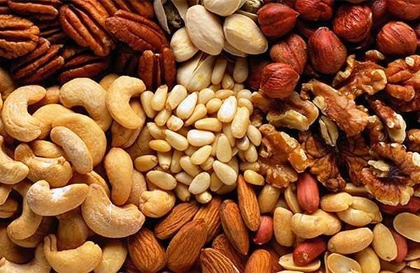 Орехи и масло, употребляемые во время беременности, могут вызвать у будущего ребенка ожирение
