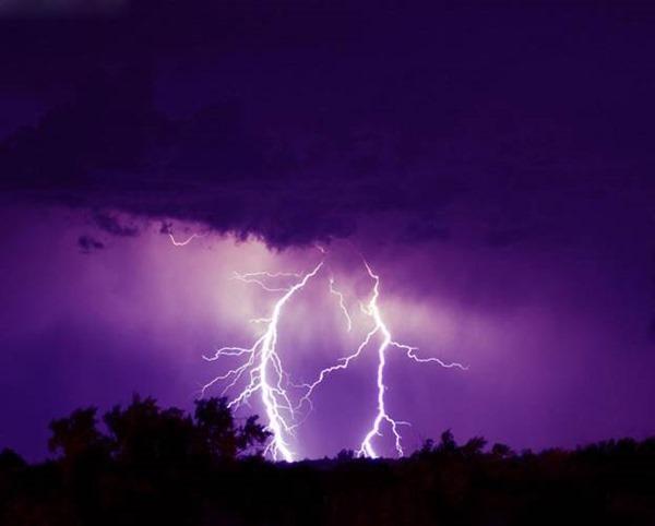 Молния способна провоцировать головные боли и мигрени