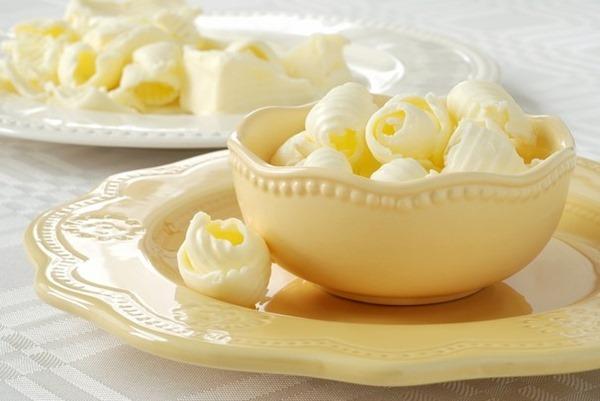 Масло снова признано более полезным, чем маргарин