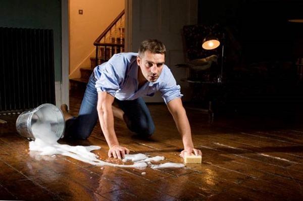 Мужчины, которые помогают по дому, становятся менее привлекательными