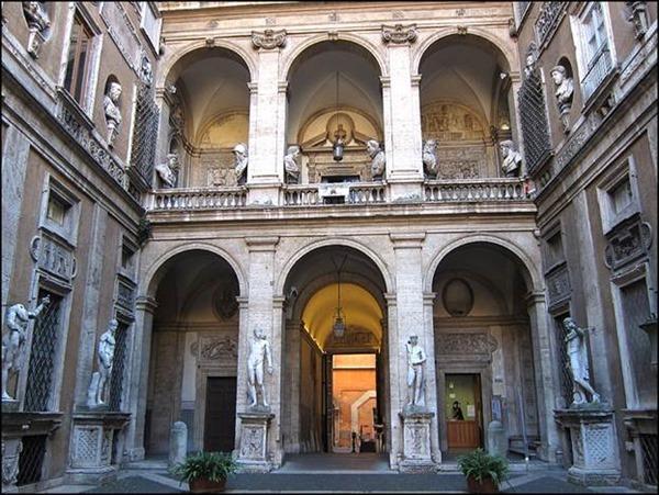 Национальный музей макарон в Риме, Италия