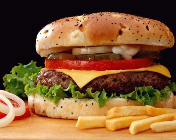 Вред гамбургеров снизят за счет оливкового порошка