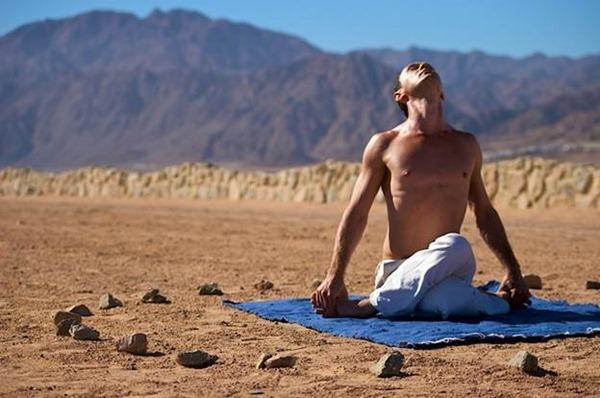 Выпущен первый фильм о современных йогах России