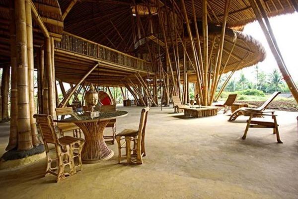 Школа из бамбука (Бадунга, Бали, Индонезия)