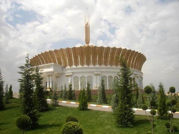 Музей белой пшеницы (Ашхабад, Туркмения)
