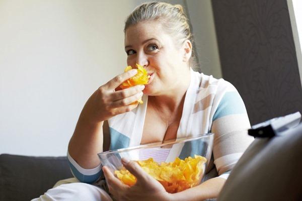 Время приема пищи определяют нервы в желудке