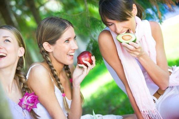 Больше половины американок здоровое питание считают важнее любви