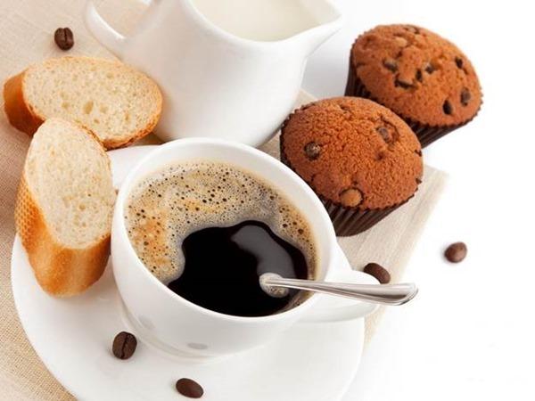 Предположение о том, что кофе помогает взбодриться – не верно!