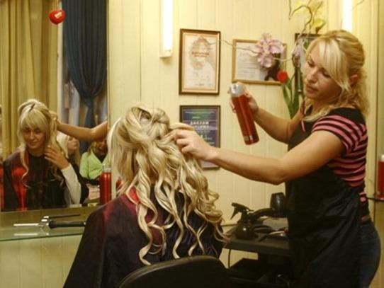 Женщины дорожат парикмахерами больше, чем мужьями