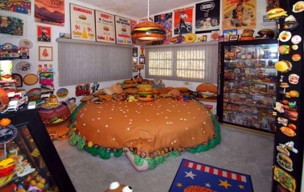 В США открылся единственный в мире музей гамбургеров