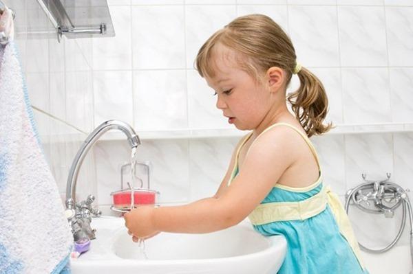 Ученые США: всего 5 % людей моют руки правильно